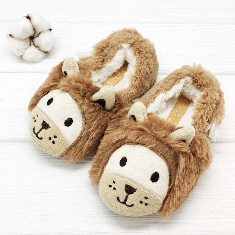 Фото - Children's slippers Halluci Liony with a backdrop halluci polar bear fluffy home slippers women shoes indoor cute slides women slippers house sapatos mulher chinelo terlik