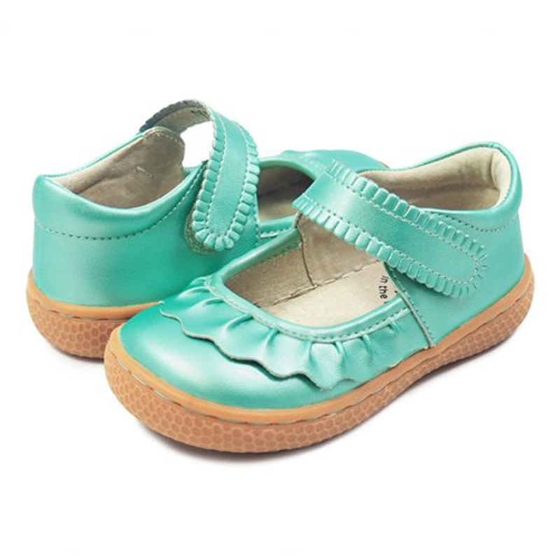 Livie & Luca  Children's shoes outdoor super perfect design cute boys and girls barefoot shoes casual sneakers 1-11 years old(China)