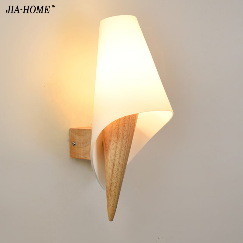 Simple modern solid wood wall lamp Japan-style aisle Warm Nordic wall lamp bedside bedroom Single Head Fixture Free Shipping newly nordic wall lamp free shipping w43cm 2l american country style nordic fabric shades vintage aisle bird design wall lamp