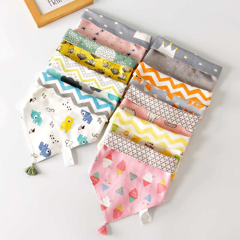 New Baby Bibs New Cartoon Apron Double Layers Triangle Soft Cotton Newborn Burp Cloths Bibs Kids Scarf Bandana Baby Saliva Towel