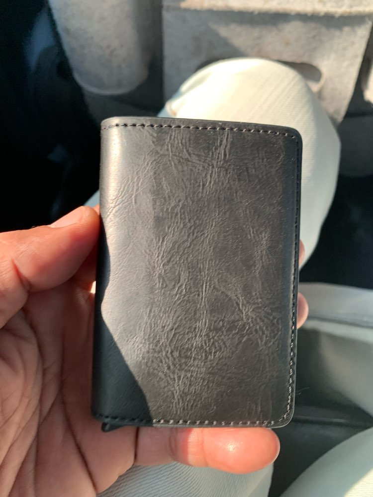 BISI GORO 2019 Business Credit Card Holder Men And Women Metal RFID Vintage Aluminium Box Crazy Horse PU Leather Card Wallet photo review