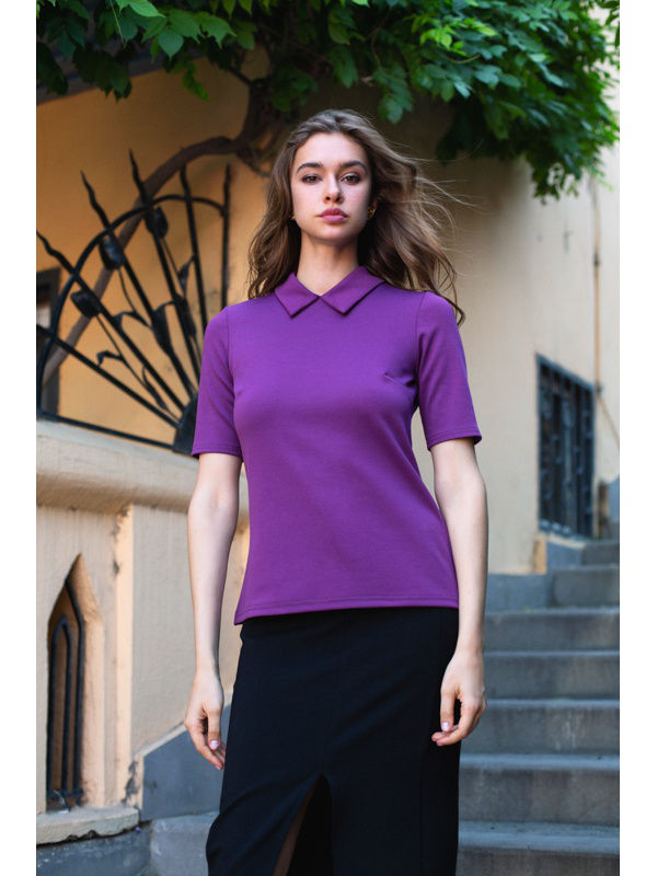 Blouse with collar. Color Purple. blouse with belt color sky blue