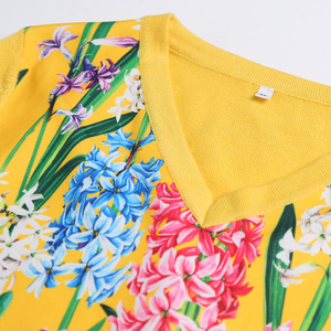 Image 5 - 2019 свитер женски fashion  Women Long sleeve V neck fashion female sweater 2XL yellow flower print knitwear wool high quanlity