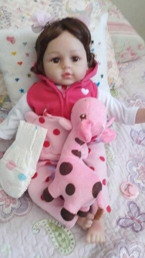 Bebê Reborn 48cm com Girafinha (corpo de pano) photo review