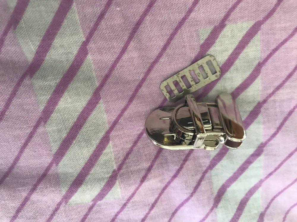 Duurzaam Gesp Twist Lock Hardware Voor Tas Vorm Handtas DIY Turn Lock Tas Sluiting photo review