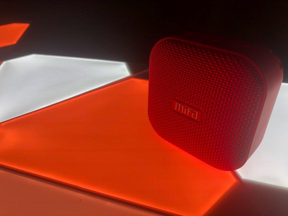 Mifa Беспроводной Bluetooth Динамик Водонепроницаемый мини Портативный музыке стерео Открытый Handfree Динамик для iPhone для samsung телефоны