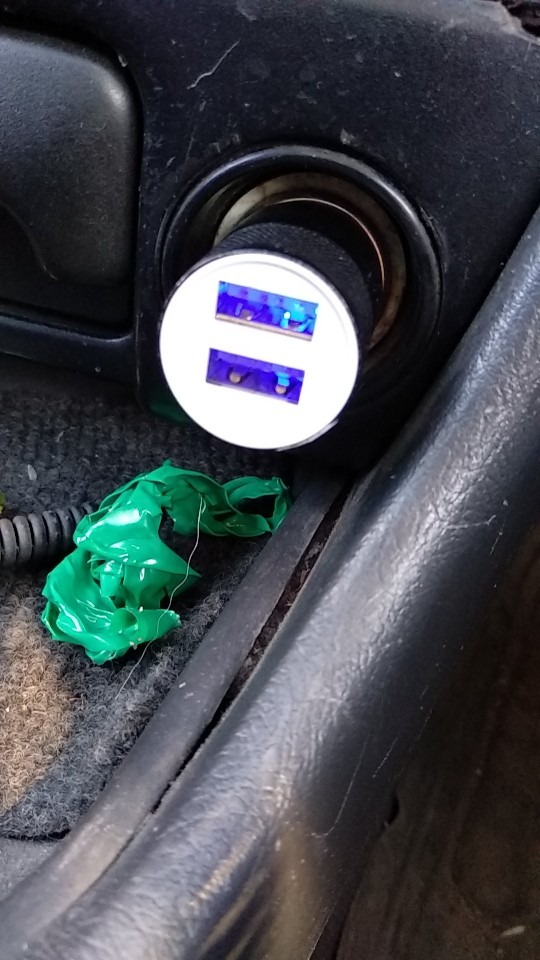 автомобильная розетка; USB-розетка для автомобиля; USB-розетка для автомобиля;