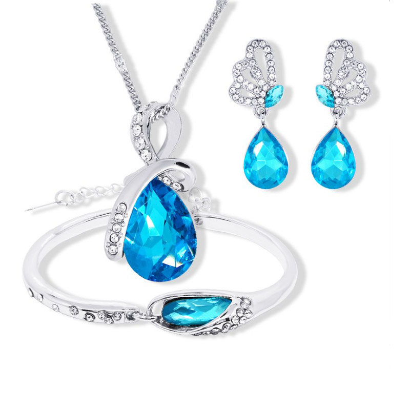 2018 New Wholesale Austrian Crystal Jewelry Sets Water Drop Pendant Necklace Stud Earring Bracelet Silver Plated Jewellery Women
