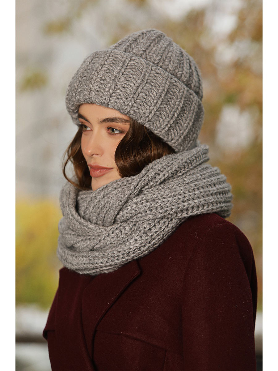 Set: hat + scarf. Color dark gray. chic newspaper pattern color block square scarf for women