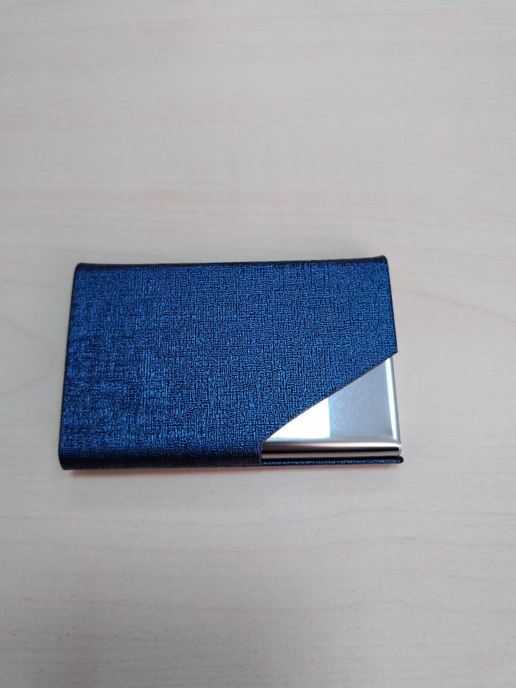 Itapkris Business ID Credit Card Holder For Women Men Fashion Brand Metal Aluminum Card Case PU Leather  Porte Carte photo review
