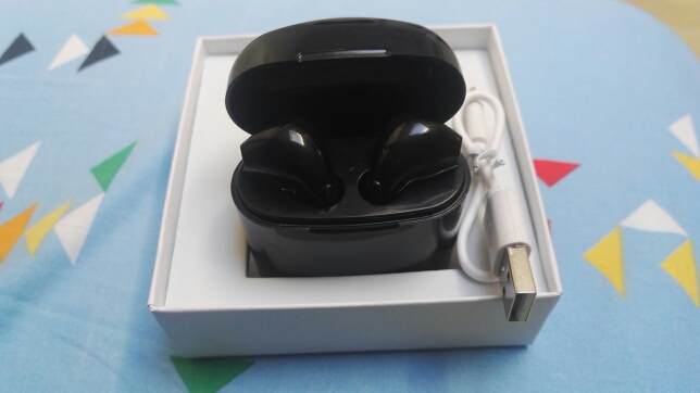 Mini Bluetooth Earphone Wireless Earbuds With Charging Box Sports headset For Iphone X Samsung S9 S9 Plus Xiaomi Huawei