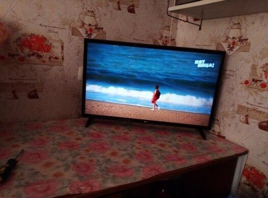 """Телевизор 32"""" LG 32LJ510U HD"""