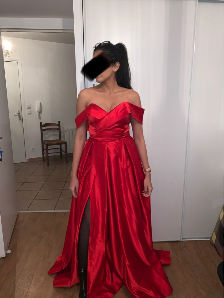 fbb9cc41475ce The dress is like the picture, but satin. The size is very good and the  price is very good.! Thank you.