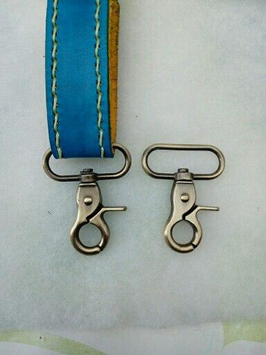 2Pcs Karabijnhaak voor de tas Accessoires Karabijnhaak Metaal DIY Bagage Tas Gesp Handtas Riem Ornament Swivel Hanger Sluiting 30% photo review