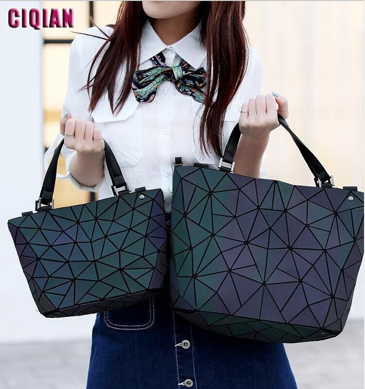 Drop Shipping HOT Luminous bag Women Geometric laser Tote Quilted Shoulder Bags Hologram Laser Plain Folding Handbags Large