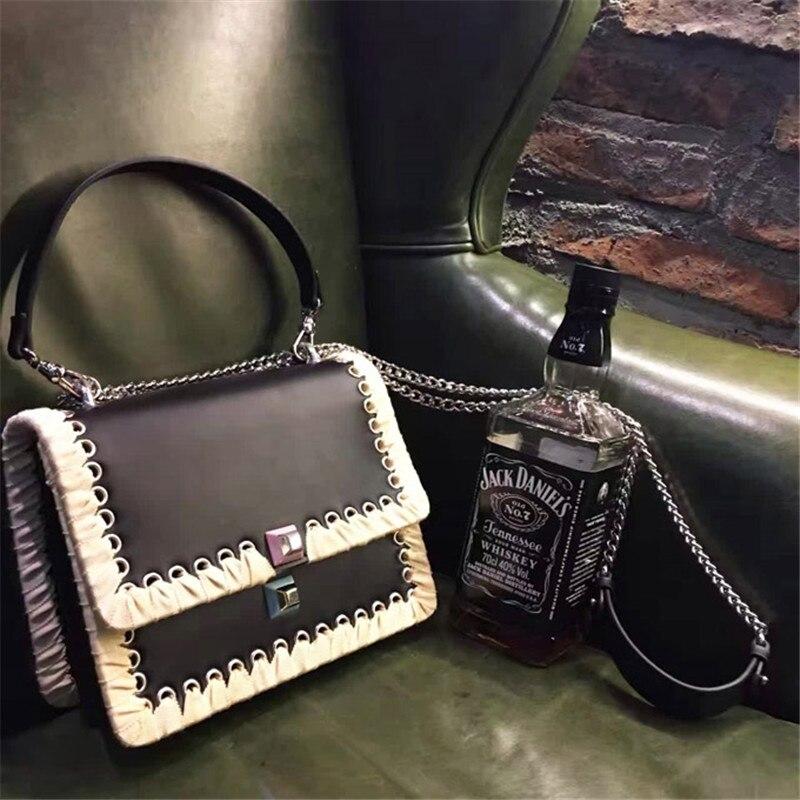 2018 new catwalk show strap bag female handbag shoulder Messenger bag chain tide small square package
