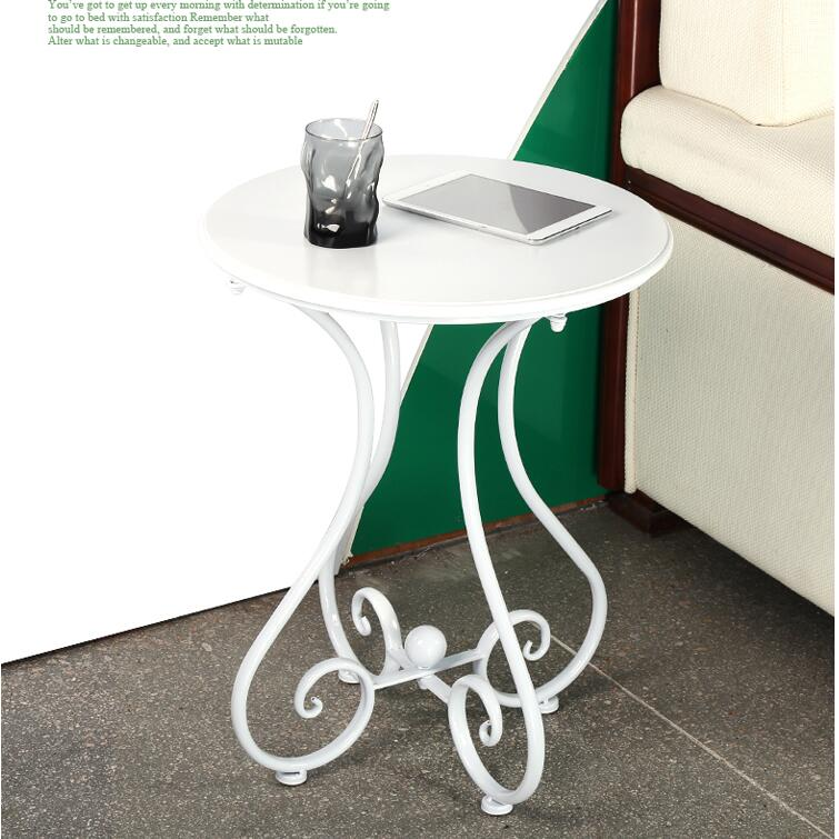Mobili Soggiorno Moderno Tavolino in Europa e In America di Stile Rotondo Bianco Tavolo di Metallo e di Legno Mobili Per La CasaMobili Soggiorno Moderno Tavolino in Europa e In America di Stile Rotondo Bianco Tavolo di Metallo e di Legno Mobili Per La Casa