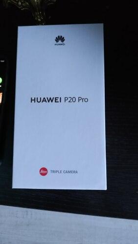 Смартфон HUAWEI P20 Pro.