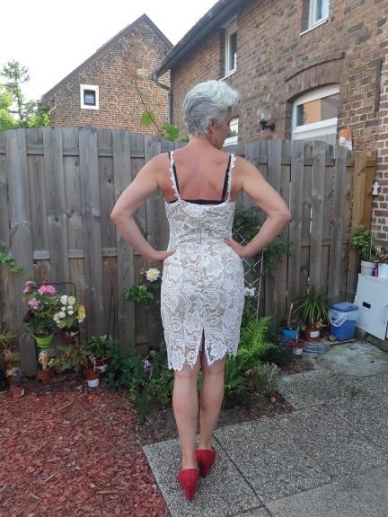 Fashion Designer White/ Black Party Dress Women Sexy Sleeveless Lace Crochet Hollow Out Slim Spaghetti Strap Bodycon Dress photo review