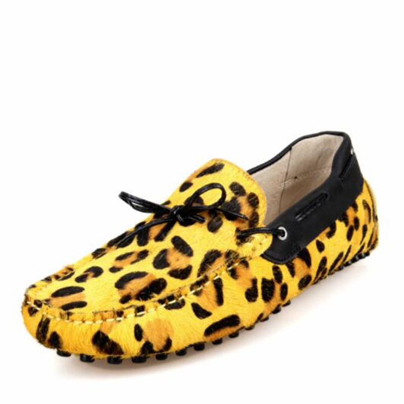 Men Flats Fashion Genuine leather Breathable Moccasins Male casual shoes popular leopard print Loafers Driving shoes 021