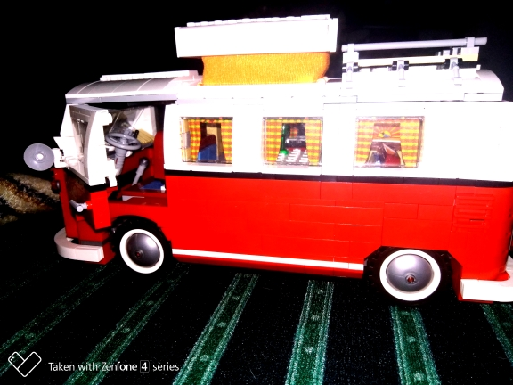 LEPIN 21001 21002 21003 21045 T1 London Bus, Beetle and More photo review