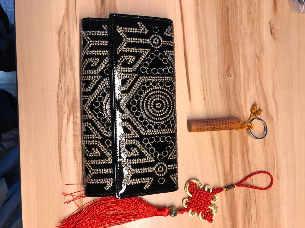 New Ladies Women Fashion Patent Leather Embroidery Black Design Clutch Bag Card Holder Purses Hasp Wallet Standard Wallets photo review