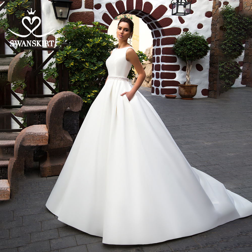 Swanskirt Elegant SatinWedding Dress 2019 Bow Back A-LineCrystal Belt Court Train Princess Bridal Gown Vestido De Noiva K301