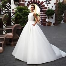 Swanskirt elegancka suknia ślubna satynowa 2020 łuk Back line kryształowy pas sąd pociąg suknia ślubna typu princeska Vestido De Noiva K301