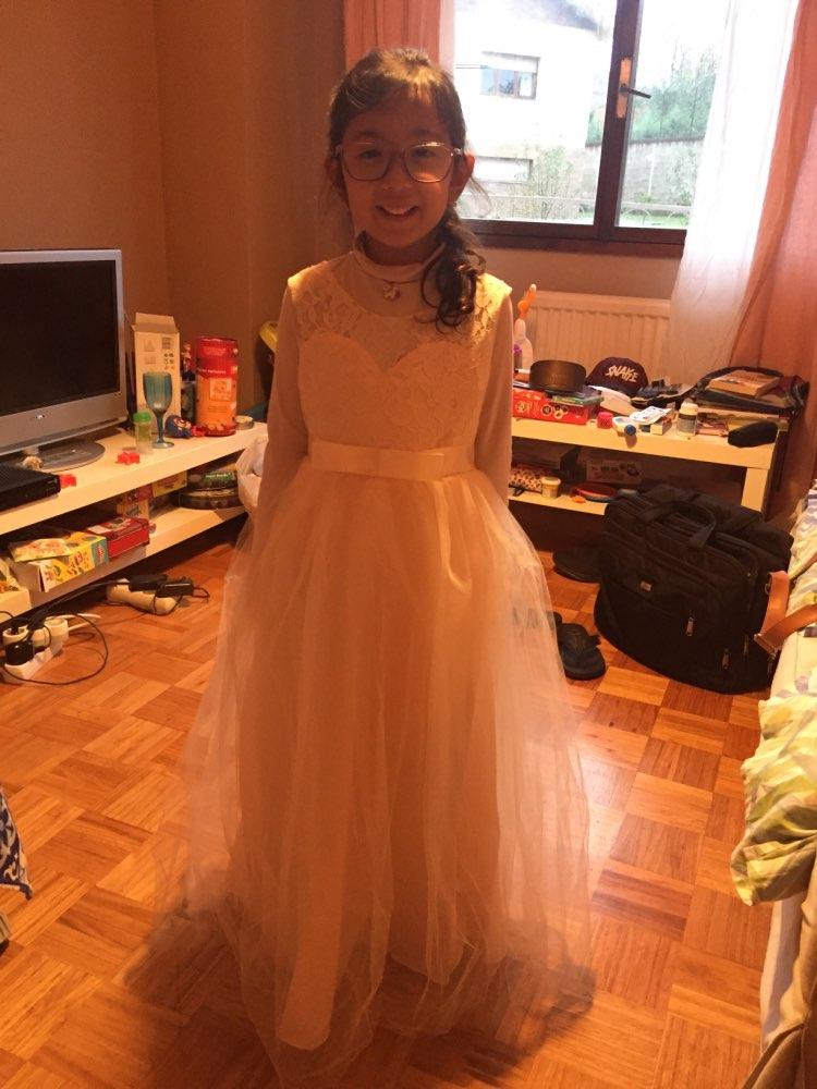 платье с цветком; девушка платье; кружева свадебное платье винтаж;