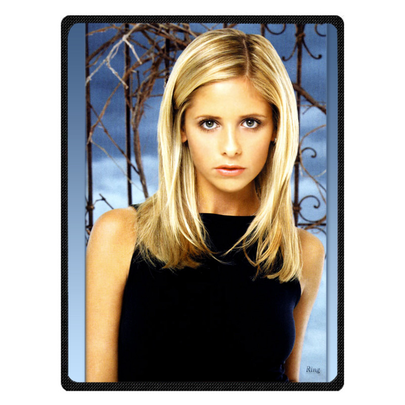 Sarah Michelle Gellar bedspread blanket Super Soft Custom Flannel Blanket to on for the sofa/Bed/Car Portable Blankets