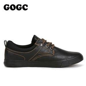 Image 4 - GOGC zapatos informales de cuero para hombre, zapatillas masculinas de estilo mocasín de cuero, zapatos de lona de estilo Casual, 2020
