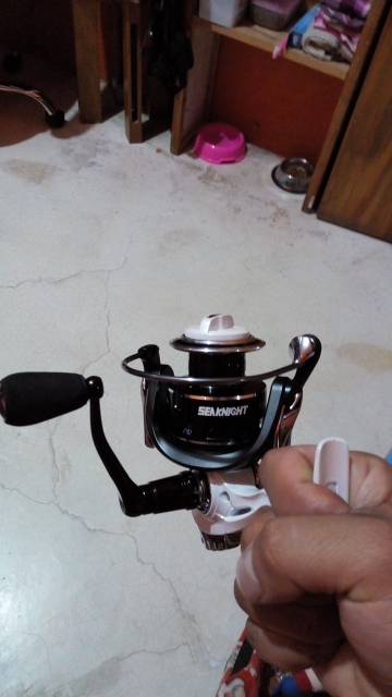 2018 New Seaknight High Speed Spinning Fishing Reel 5.5:1 9+1BB CMII 2000 3000 4000 5000 With Carbon Drag System carp reel