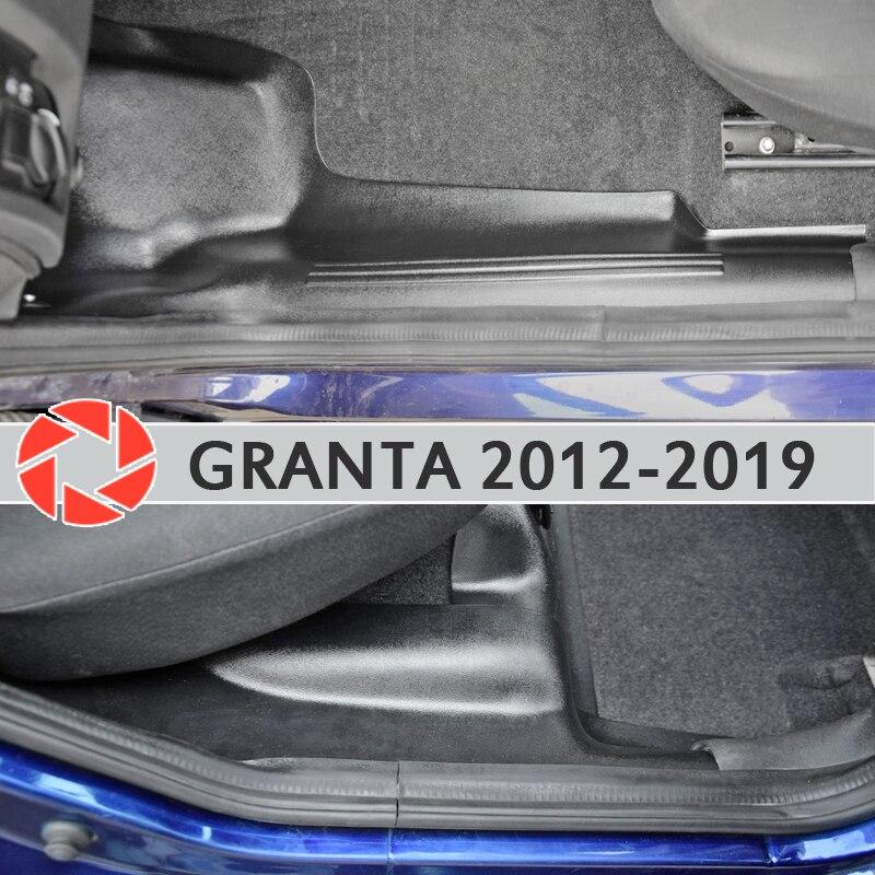 Ajuste de la alfombra interior de la puerta sil para Lada Granta 2012-2018 sill step plate Trim protección de la alfombra accesorios de estilo del coche decoración