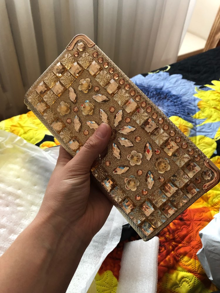 Atrra-Yo women wallets rhinestone patent leather wallet high quality brands party purse female pouch lady dollar price  LM4110ay photo review