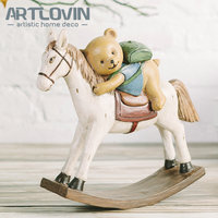 Resin Craft European Bear Riding Horse Model Figurines Home Tabletop Decoration Pastoral Decorative Vintage hobbyhorse Ornaments