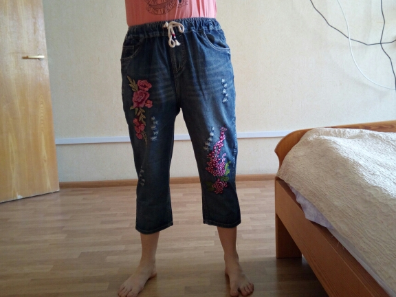 Summer Female Line Sen Hole Letter Embroidered Flowers Loose Nine Points Jeans Trousers Women photo review