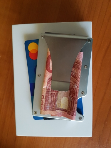 NewBring Metal Mini Money Clip Merk Mode Zwart Wit Creditcard ID Houder Met RFID Anti-dief Portemonnee Heren photo review