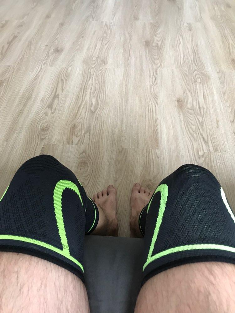 1 шт. Фитнес Бег Велоспорт колена Поддержка подтяжки эластичного нейлона Спорт сжатия наколенники рукавом для Баскетбол Волейбол