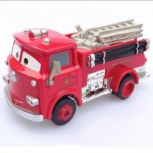 Image 1 - דיסני פיקסאר רכב 3 אש משאית קטן אדום 1:55 למות יצוק מתכת סגסוגת דגם מכונית צעצוע לילדים מתנה הטובה ביותר