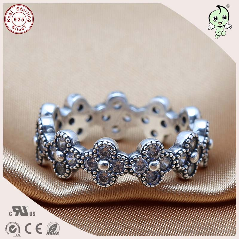 P&R products ew Arrival Fitting Original Famous Brand Noble CZ Paving 100% 925 Authentic Silver Flower Design Wedding Ring