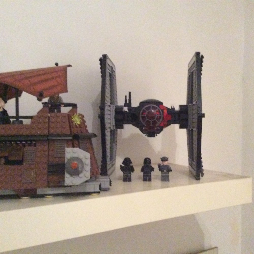LEPIN 05005 Star Wars The 75101 First Order Tie Fighter Block Set (562Pcs) photo review