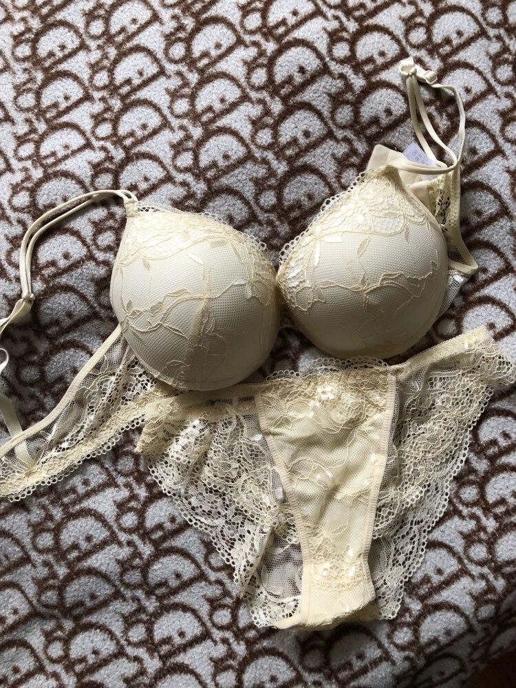 HOT 2019 Fashion Sexy charming lace bra gather together Shape Wear women bra set Comfortable Underwear women bras lace bra set