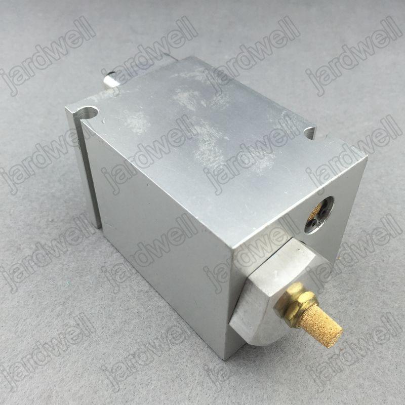 1614728500(1614-7285-00) Regulator Valve replacement aftermarket parts for AC compressor цена