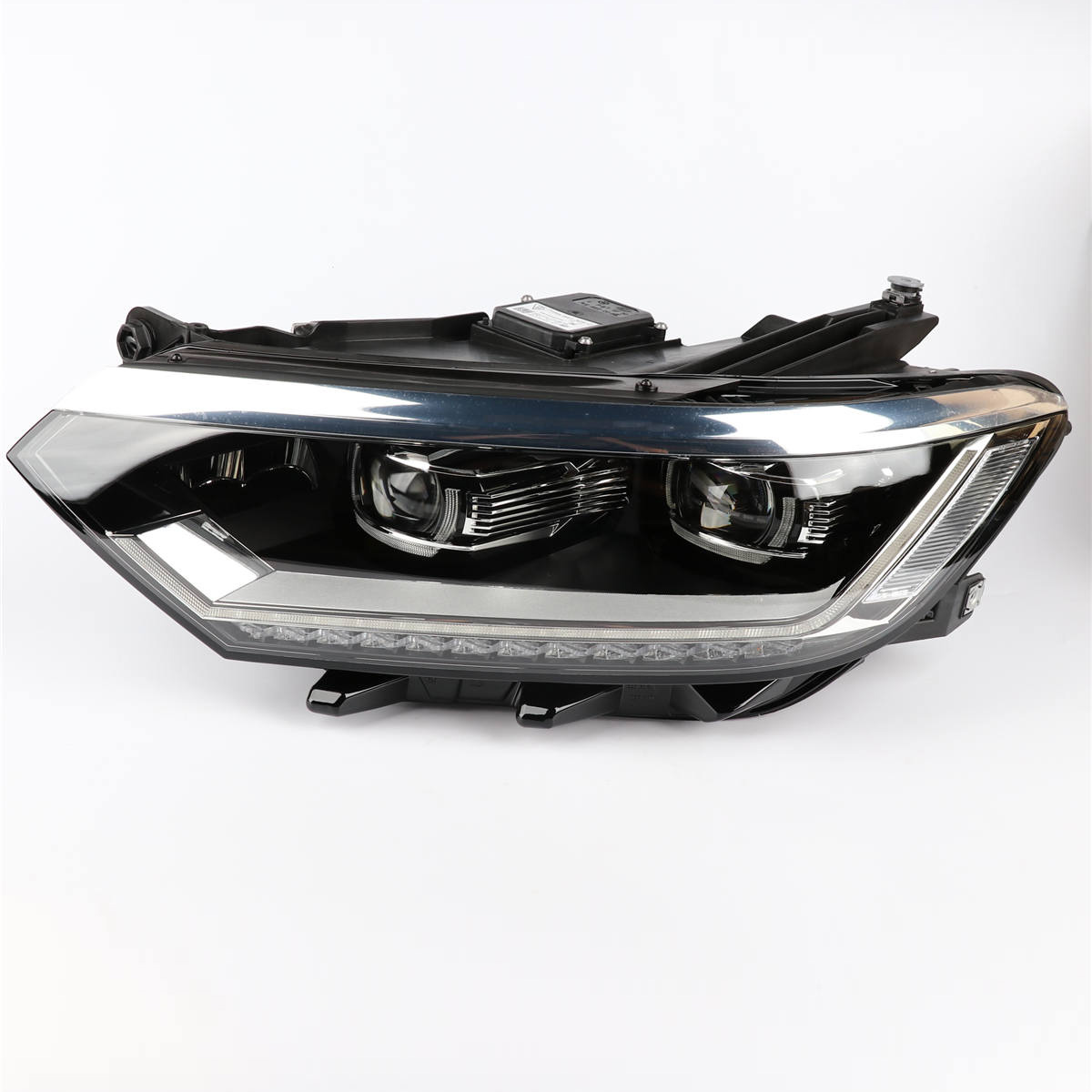 1Pcs Left OEM Genuine Front Headlight Head Light Lamp Assembly with Warranty For VW Passat B8 L3GD 941 081 1pcs oem front left halogen fog lamp light 3ad 941 661 for vw passat b7