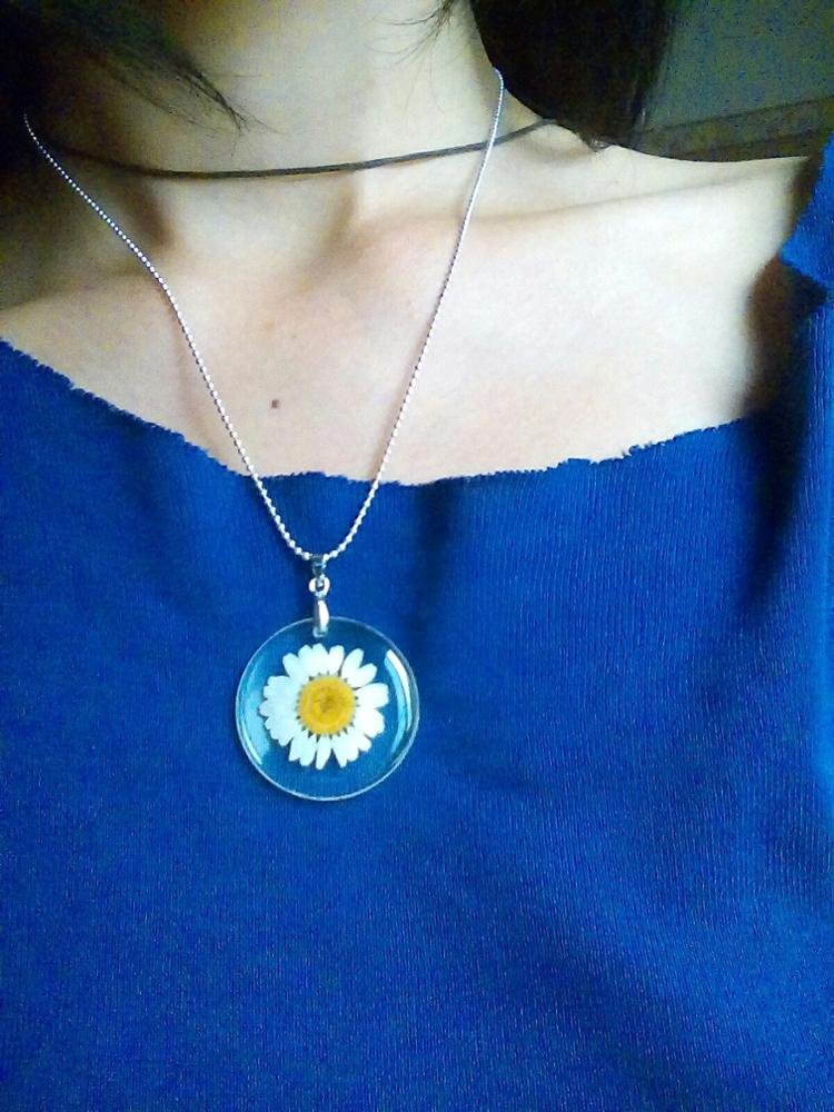 Free!! Just Pay $5.95 For Shipping Sale - Handmade Boho Resin Dried Flower Daisy Necklace 45Cm