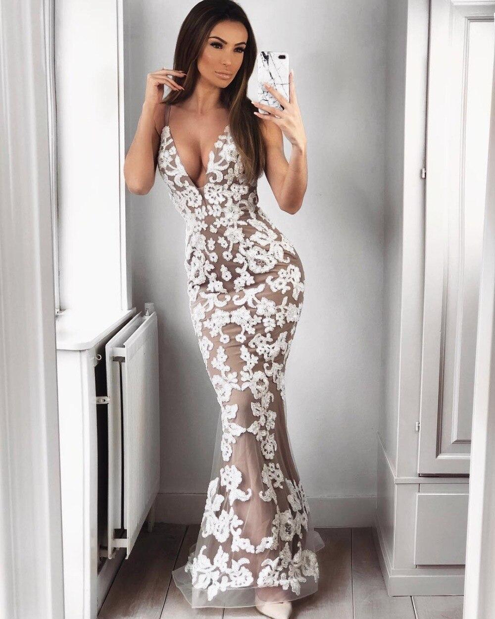 06e67ae01ca N24 2018 Qualité Dentelle En Élégant Femmes Robes Blanc Kaki Long V D été  Top Parti Sexy Spaghetti Backless Col Maxi ...