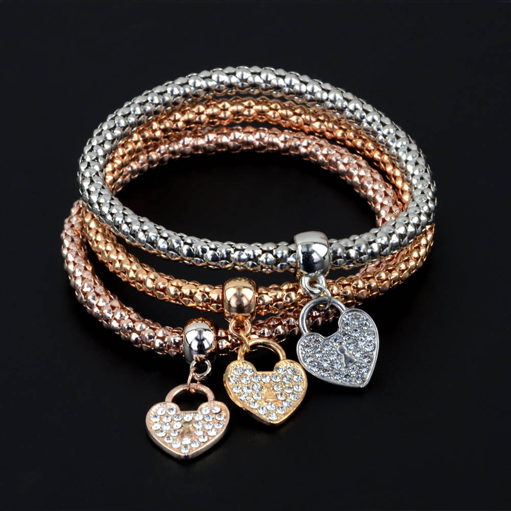 3Pcs/Set Love Rhinestone Pendant Metal Corn Shape Elasticity Braclet Bangles Women Jewelry 2017 new fashion