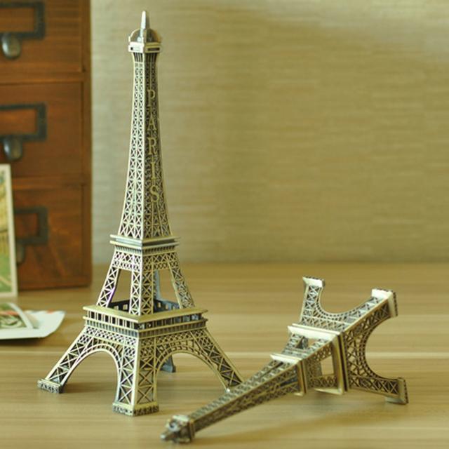 Retro Metal Eiffel Tower Figurine
