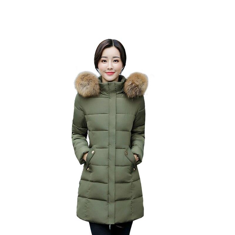 Faux de fourrure de Femmes veste d'hiver Nouveau 2017 Chaud Hiver Veste Femme Vers Le Bas Parkas Longues Femmes Manteau À Capuchon de Haute Qualité