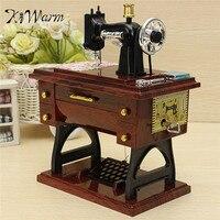 KiWarm Prachtige Vintage Mini Naaimachine Stijl Mechanische Muziekdoos Voor Verjaardagscadeau Model Musical Toy Ornament Craft
